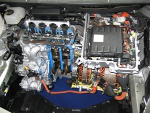 Quels sont les inconvénients de posséder une voiture hybride ?