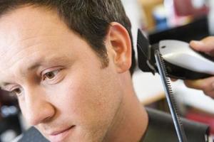 Comment utiliser les gardes conique oreille gauche & droite pour coupe cheveux