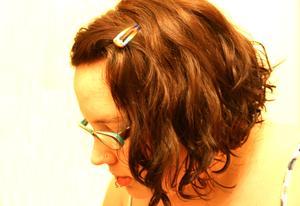 Coiffures courtes pour les cheveux bouclés