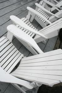 Comment construire une chaise d'Adirondack pliant