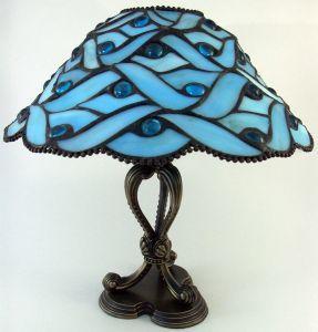 Comment concevoir une lampe en vitrail motif