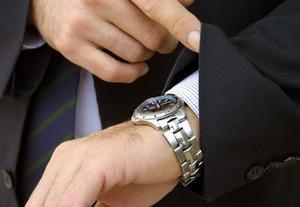 Comment supprimer des rayures d'un verre montre cristal