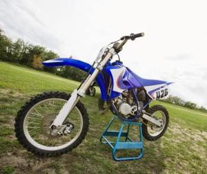 Comment faire pour remplacer des pièces sur une moto Honda