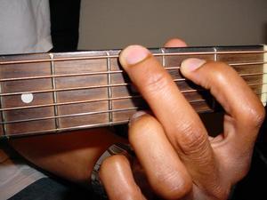 Comment jouer un accord de G sur la guitare