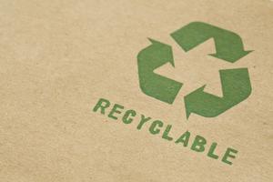 Comment faire des costumes en matériaux recyclés