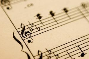 Comment comparer les modèles classiques de la musique romantique
