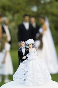 Comment mettre votre visage sur une poupée de gâteau de mariage