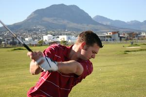 Comment faire pour frapper un solide de balle de Golf chaque fois