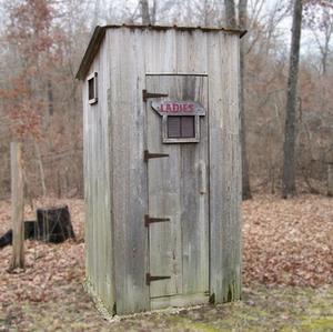 Toilettes qui brûlent des déchets