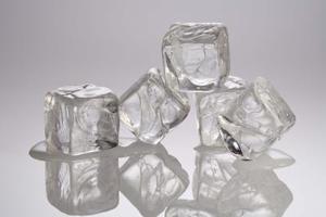 Mon Frigidaire refrigerateur Ice Maker est très lent à produire des glaçons