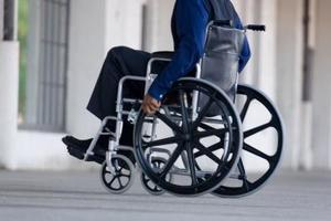 Comment faire une rampe de fauteuil roulant en bois