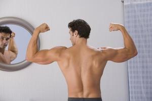 Comment tonifier Biceps sans utiliser de poids