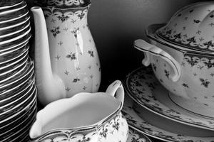 Différence entre la porcelaine et porcelaine Fine