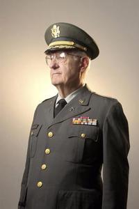 Identification des uniformes militaires