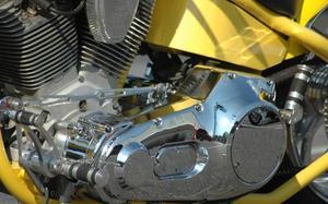 Comment puis-je changer l'huile primaire dans un 1989 Harley Davidson électrique Glide Classic ?