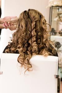 Comment faire pour cheveux de couleur et de mettre en évidence en même temps