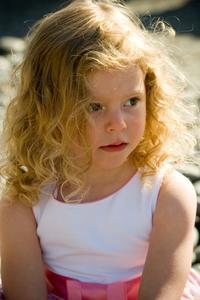 Coupes de cheveux mignons & coiffures pour les enfants