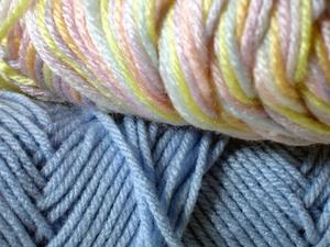 Comment faire pour augmenter la largeur sur une Machine à tricoter