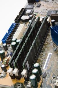 Comment faire pour effacer le mot de passe CMOS pour un Dell Inspiron 8100