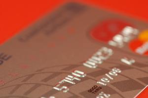 Comment annuler une carte de crédit MBNA ?