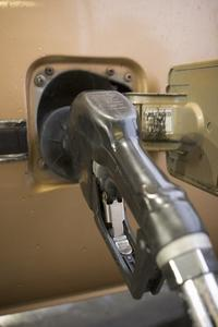 Comment tester la jauge de carburant sur un tableau de bord