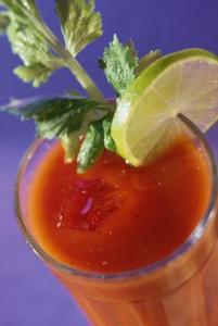 Comment faire pour supprimer le jus de tomate les taches de granit