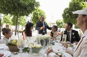 Prières de jour de mariage pour le dîner