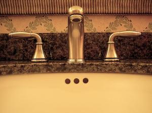 r parer inverseur robinet bain douche. Black Bedroom Furniture Sets. Home Design Ideas