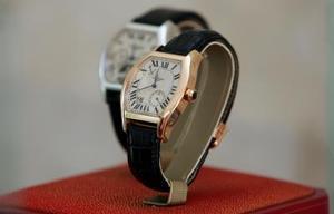 Comment identifier une montre de contrefaçon Cartier