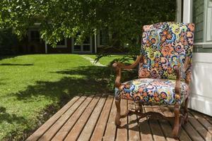 Comment peindre un porche en bois