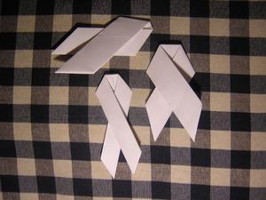 Comment faire un Origami Awareness Ribbon