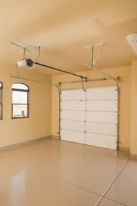 Comment ouvrir une porte de Garage collé