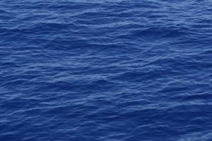 Comment faire des vagues de l'océan vrai-regard en papier