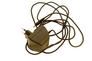Comment réparer un chargeur de téléphone portable