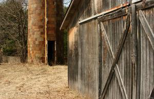 Comment foncir du bois de grange for Construire une porte