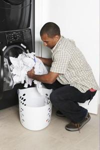 Comment réparer une machine à laver qui ne pas vider complètement & tourne par intermittence