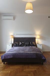 Comment d corer une chambre avec une couleur prune fonc - Couleur prune fonce ...