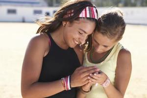 Comment faire des Bracelets d'amitié de chaîne avec Polka Dots