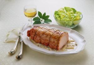 Comment faire cuire une longe de porc dans un bouillon de poulet