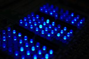 Comment faire pour installer des lumières LED Strip