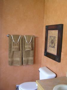 quel type de peinture pour utilisation dans les salles de bains. Black Bedroom Furniture Sets. Home Design Ideas