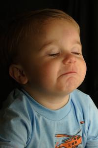 Selles molles chroniques chez les enfants