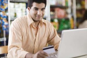 Services bancaires en ligne avantages & inconvénients