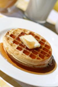 Que comprend un petit-déjeuner Continental de luxe ?