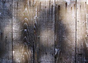 Ce qu'il faut utiliser pour nettoyer les planchers de bois non finis