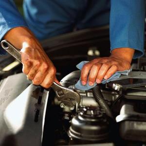 Comment faire pour remplacer un alternateur sur une Nissan Altima