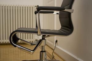 Comment reconnaître une Original chaise Eames aluminium