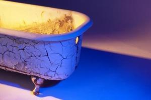 Comment decorer une vieille fenetre - Comment nettoyer une baignoire en fonte ...