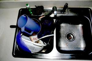 Comment faire pour supprimer le brûlage des taches de casseroles inox