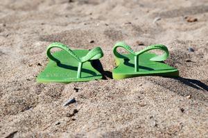 Que porter les hommes pour les mariages de plage ?